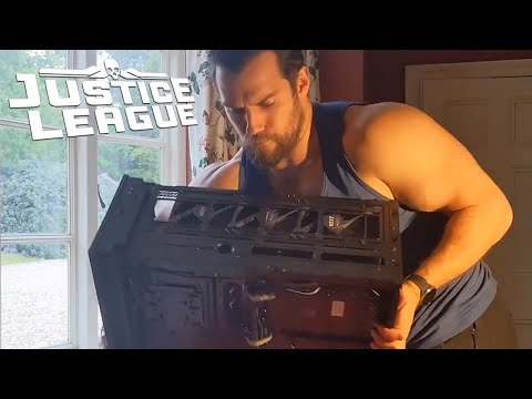 henry-cavill-video---how-to-build-a-superman-gaming-pc-2020