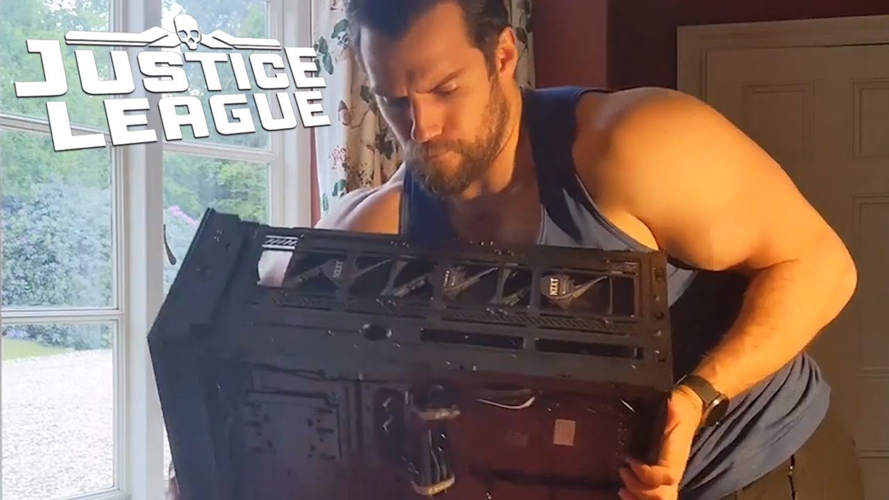 Henry Cavill is Using Christmas Break to Upgrade His PC in a Major ...