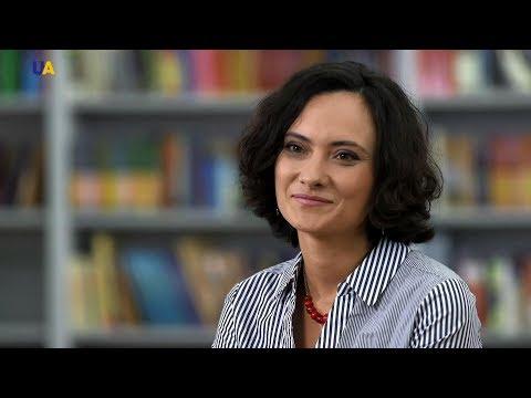 Анастасия Мельниченко рассказала, почему литература должна исполнять общественные функции | Переплет
