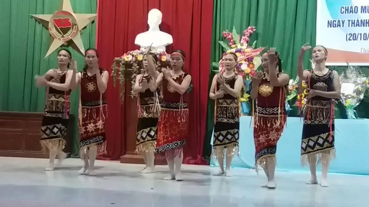Kỷ niệm ngày phụ nữ Viẹt Nam ngày 20/10/2016 các bà các cô thôn Yên Nội