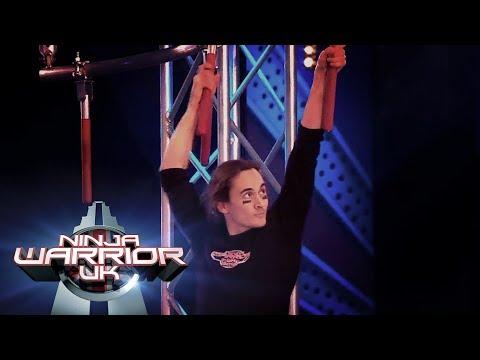 Brendan Riley's AMAZING injured run! | Ninja Warrior UK