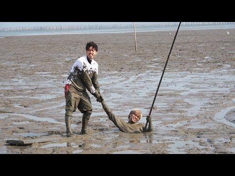 広大な干潟でムツゴロウ漁むつかけをする![釣りいろはコラボ佐賀遠征 #3]
