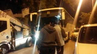אוטובוס נתקע ברחוב על כנפי נשרים בראשל צ