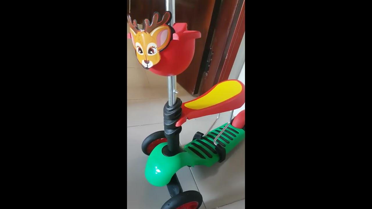Bé Tin chơi xe đẩy Vinamilk – Xe trượt Scooter 3 bánh