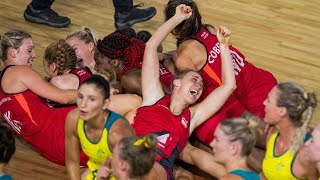 England's netball team caused a huge upset at the Commonwealth Games after beating tournament favourites Australia in the final seconds of the match.