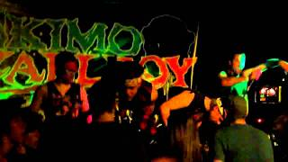 Eskimo Callboy - Intro + Hey Mrs. Dramaqueen (live @Feel The Pressure Stairway, Wallmenroth)