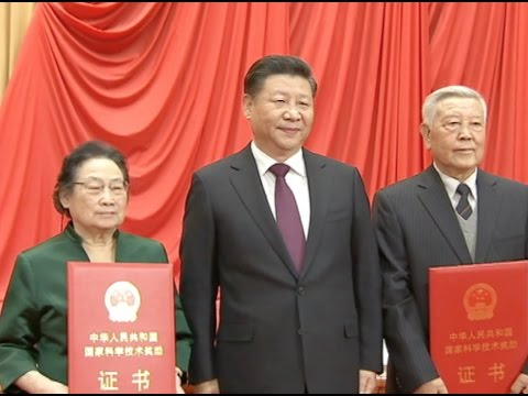 Two Scientists Share China's Top Science Award