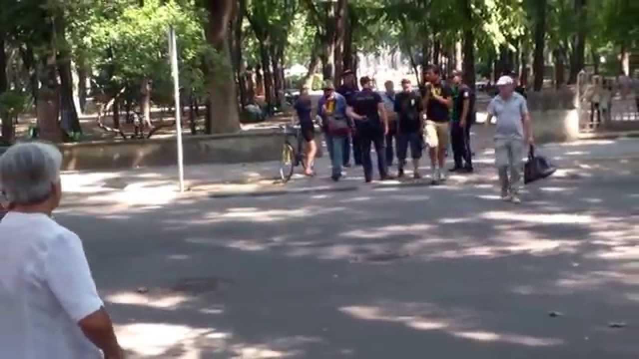 Poliția încerca să împiedice un protest la #PreședințiaRM