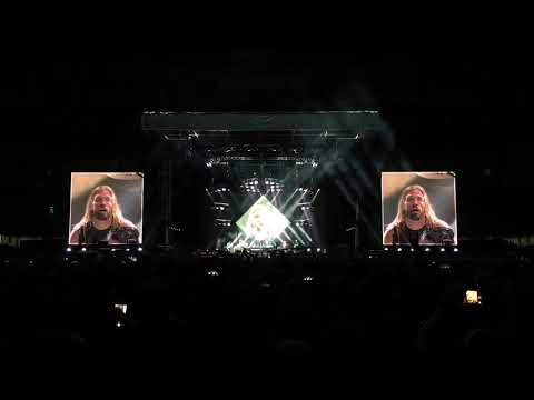 """FOO FIGHTERS """"LET THERE BE ROCK!"""" LIVE"""