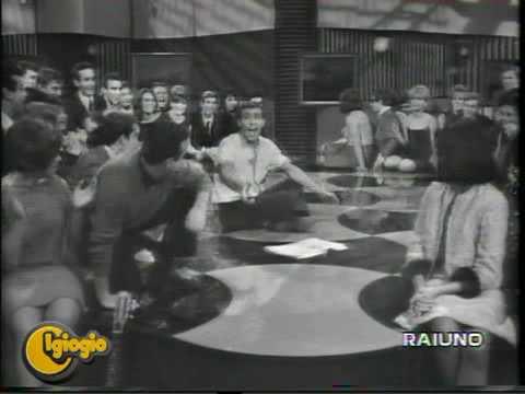 Adriano Celentano - Stai Lontana Da Me (Alta Pressione 1962)