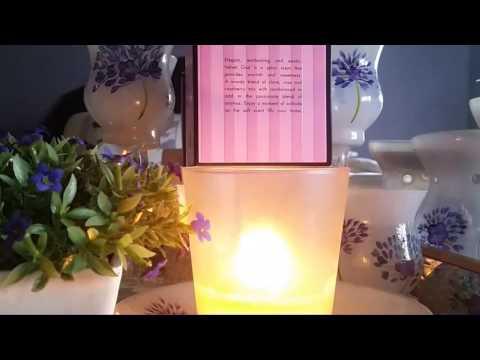 henri-bendel-candle-review,-velvet-oud
