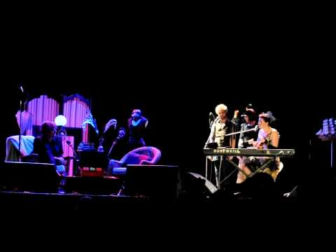 Amanda Palmer & Neil Gaiman at the Vogue - I'll Be your Mirror (A Velvet Underground Cover)