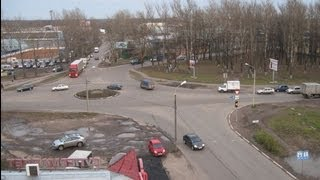 ПДД :Проезд перекрестков с Круговым движением. Ярославль(, 2013-09-30T18:44:06.000Z)