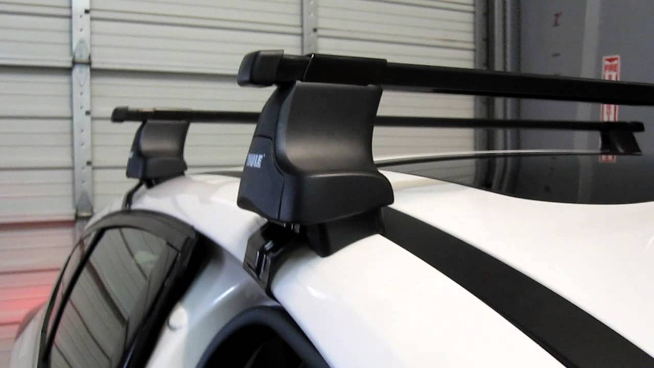 2012 Ford Focus Hatchback With Thule 480 Traverse Roof