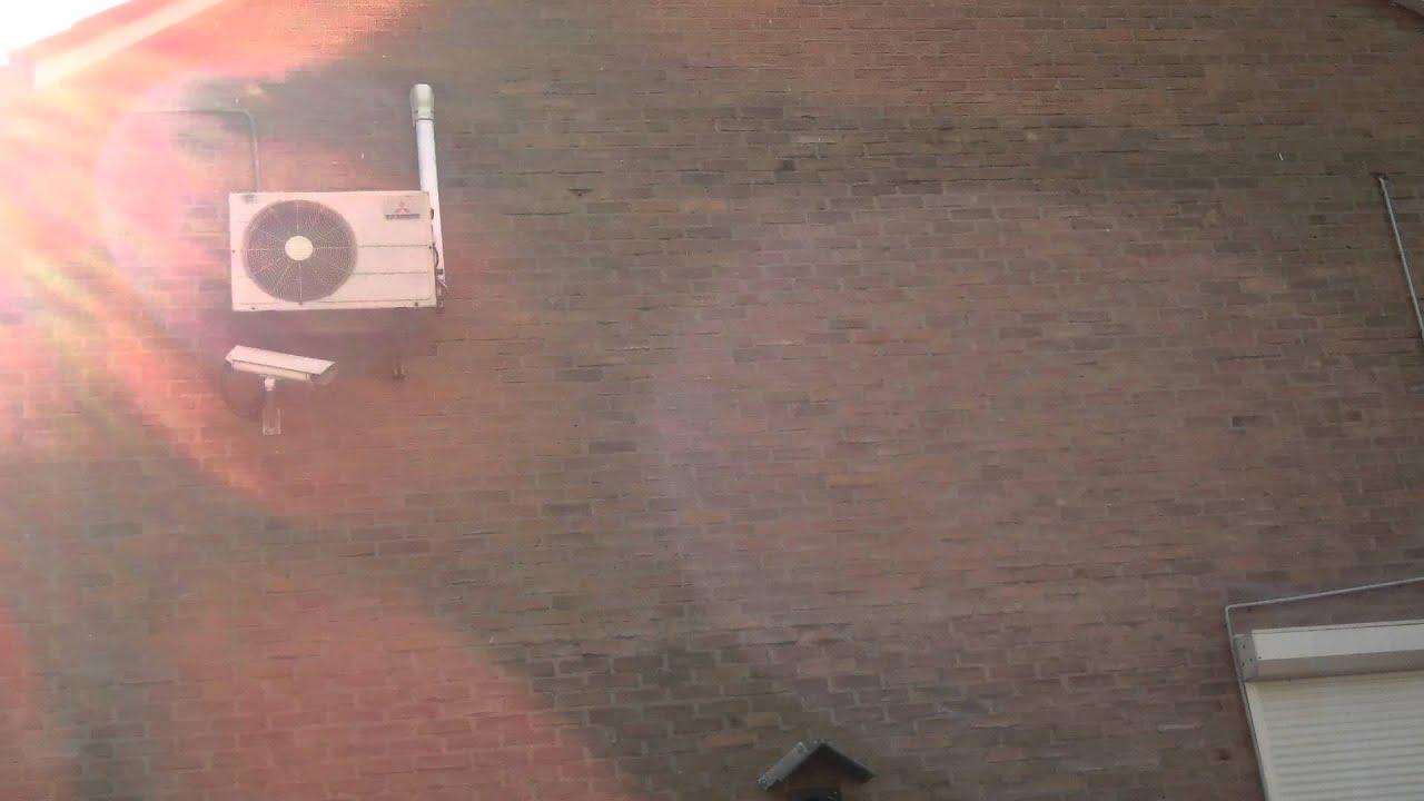 Airco Slaapkamer Inbouwen : Airco in de slaapkamer snel koeler zonder herrie