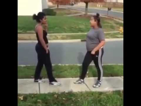 HOOD GIRL FIGHT 😱😱