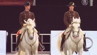 Школа верховой езды в Вене отпраздновала 450-летие (новости)