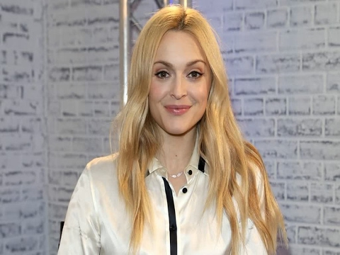watch holly and fearne go dating online