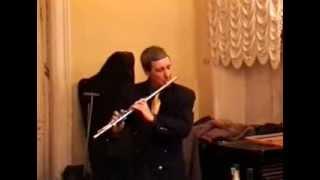 Играет Ю. Н. Должиков (флейта)