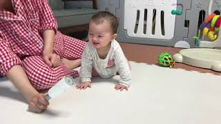 Eleanor's laugh attack!