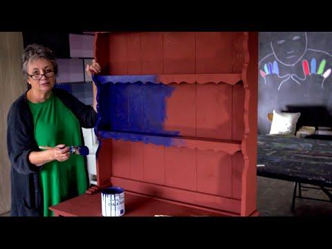 Annie Sloan Rustic Dresser Project - Part 1: Applying Chalk Paint®