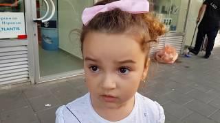 ВЛОГ Летим отдыхать  Лиза заболела сильно Море в Израиле Детская площадка Новые друзья Даня и Лиза #