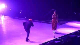 Скачать The Way Dang Ariana Grande Mac Miller Live In Paris At The Dangerous Woman Tour HD