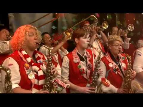 20110205 F - t Simpelfonisch Orkestje - Ik proost op Kaaiendonk