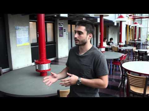 Stages entrepreneuriaux et coop / Entrepreneurship internships and CO-OP