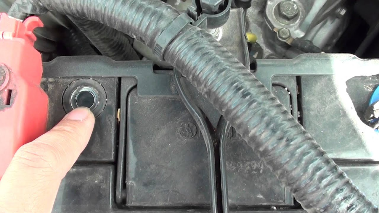 How To Read Car Battery Health Indicator Youtube