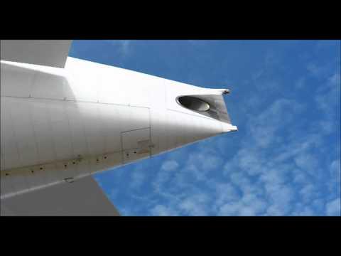 Boeing 777 APU start