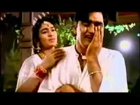 Tumhi Mere Mandir Tumhi Meri Puja: By Lata - Khandan (1965) [Karwa Chauth Special] With Lyrics