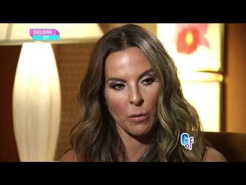 Kate del Castillo junto a su padre Eric del Castillo en entrevista con 'El Gordo'