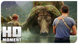 Герои встречают огромного буйвола - Конг: Остров черепа (2017) - Момент из фильма