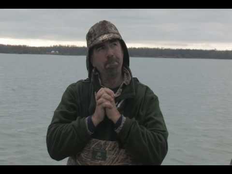 07 CANADA diver hunting-blooper clip