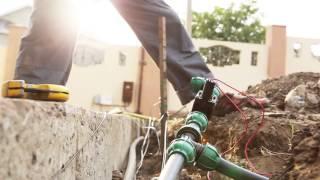 Полив газонов. 3 этап монтаж электро клапана.(Нерегулярный полив газонов приводит к тому, что портится грунт, дернина. А в результате мы имеем желтый,..., 2016-04-06T10:50:09.000Z)