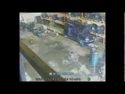 The dangers of Petrol Vapour -Fireball Engulfs Mechanic Salvaging a Van in a Garage