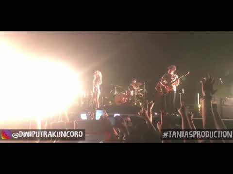 Paramore - Playing god live in jakarta 25 agustus 2018