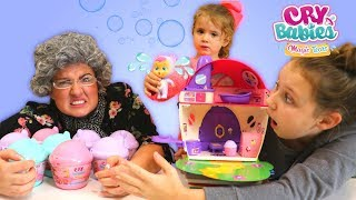 Give back our Cry Babies Magic Tears dolls! Scavenger toy hunt with Granny