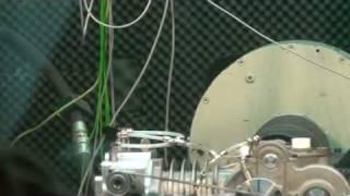 MDI Carros 2008-10-27 Vibrations du Moteur à air comprimé