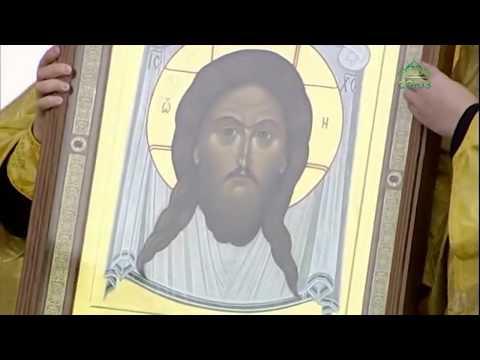 Предстоятель Русской Церкви совершил Божественную литургию в городе Череповце на соборной площади