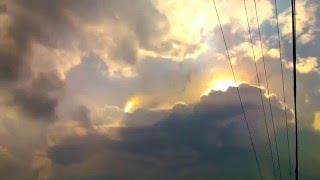 seltsames paranormales Licht in den Wolken !