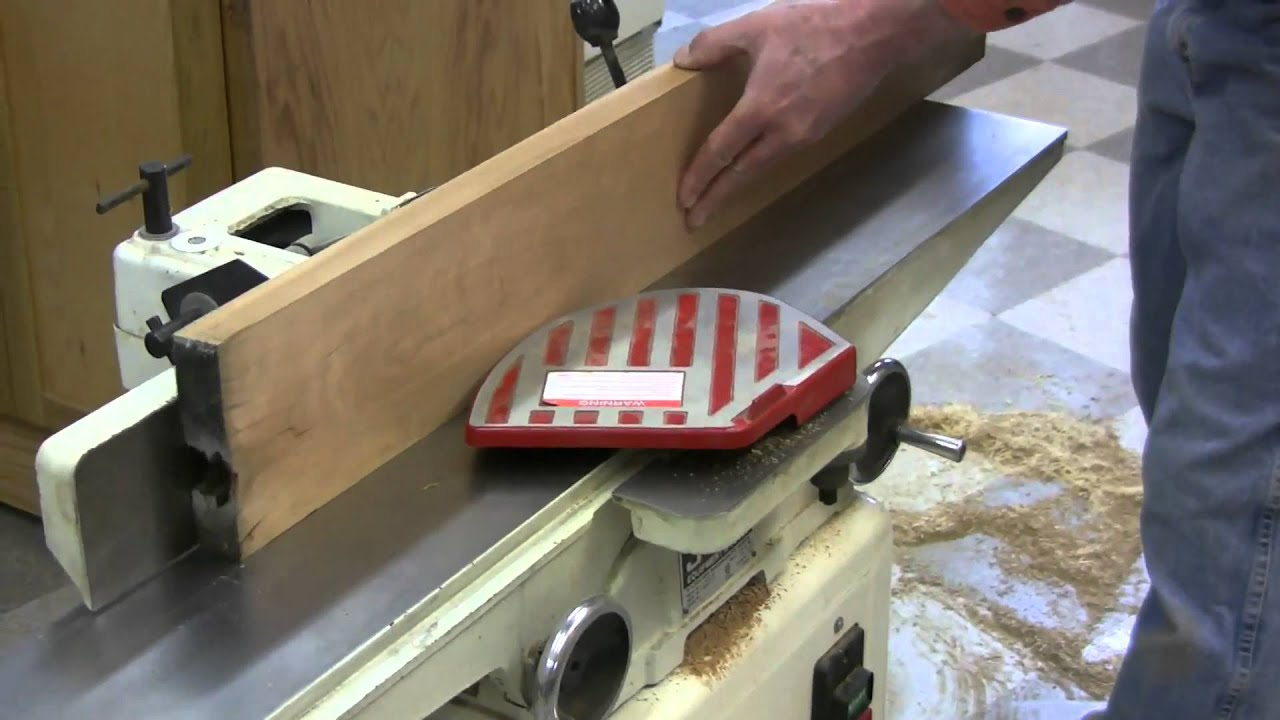 Planing rough sawn lumber with a jointer and planer youtube for Planer com