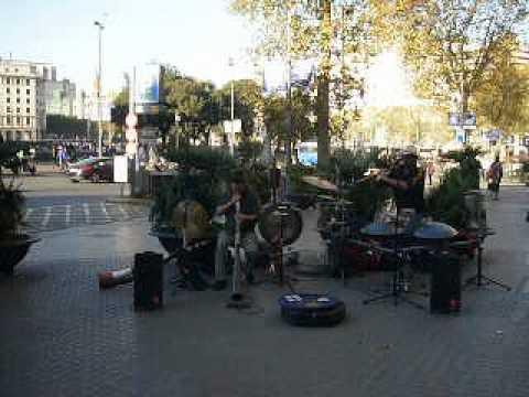 Minimal Acoustic Band - Plaza Cataluña #3