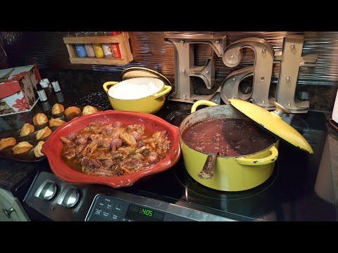 Sunday Dinner/Mukbang/Mom's Golden Mountain Chicken