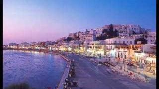 naxos the best greek island!!!!(ligi apo tin mageia pou tha sunantisete an episkefthite auto to nisi..k fusika ena fovero tragoudi..!!!, 2008-02-25T12:51:27.000Z)