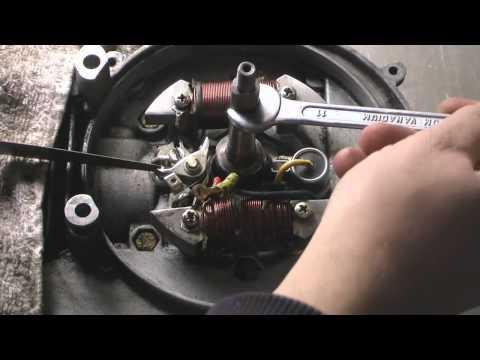Videoguida Ciao Piaggio - come tirare giú il blocco motore e pulitura sostituzione o cambio puntine