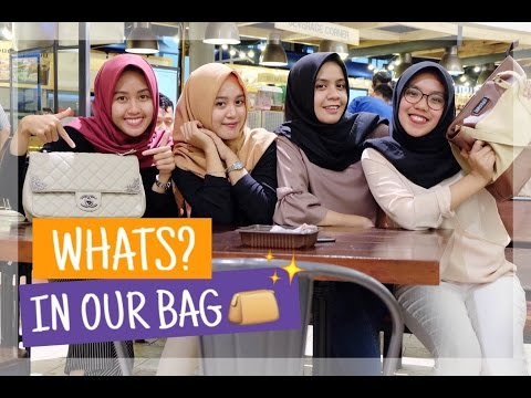 WHAT'S IN OUR BAG 2016 (Bahasa Indonesia)