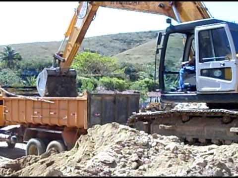 Escavadeira hyundai 210 youtube for Tji 210