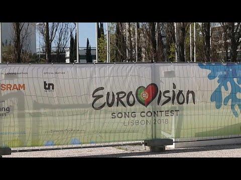 Eurovision, Glastonbury e tour dei Rolling Stones: le ultime tre 'vittime' culturali del coronavirus